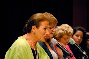 Muriel Fox & Panel